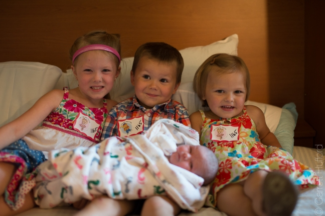 Loving their sister. (Sorry Garrison, we somehow don't have a single picture from your visit to see us!!!)